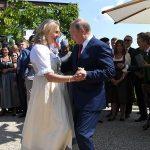 Пригласившая Путина на свадьбу экс-глава МИД Австрии может войти в совет директоров «Роснефти»